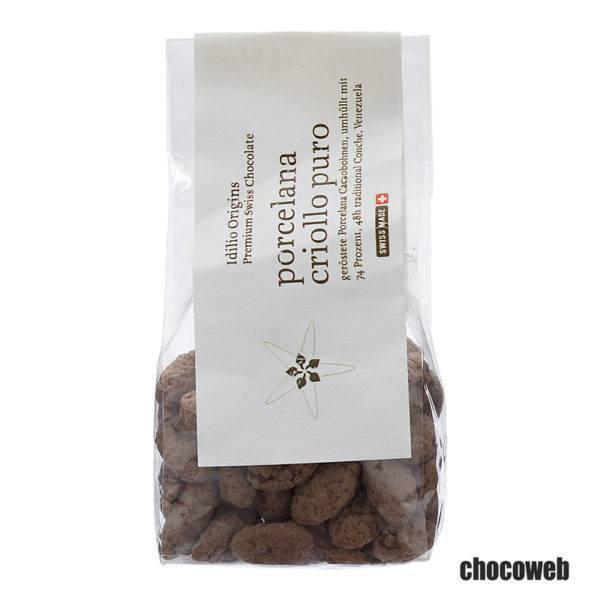 Idilio_Porcelana_Criollo_Puro_Cacaobonen_in_pure_chocolade