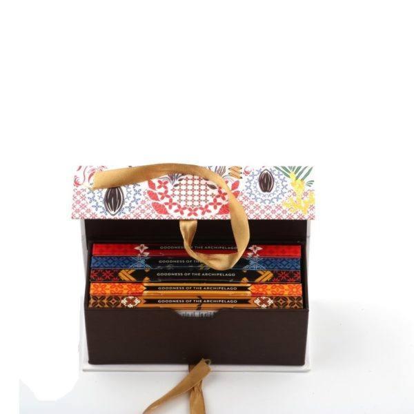 Krakakoa gift box - open 1